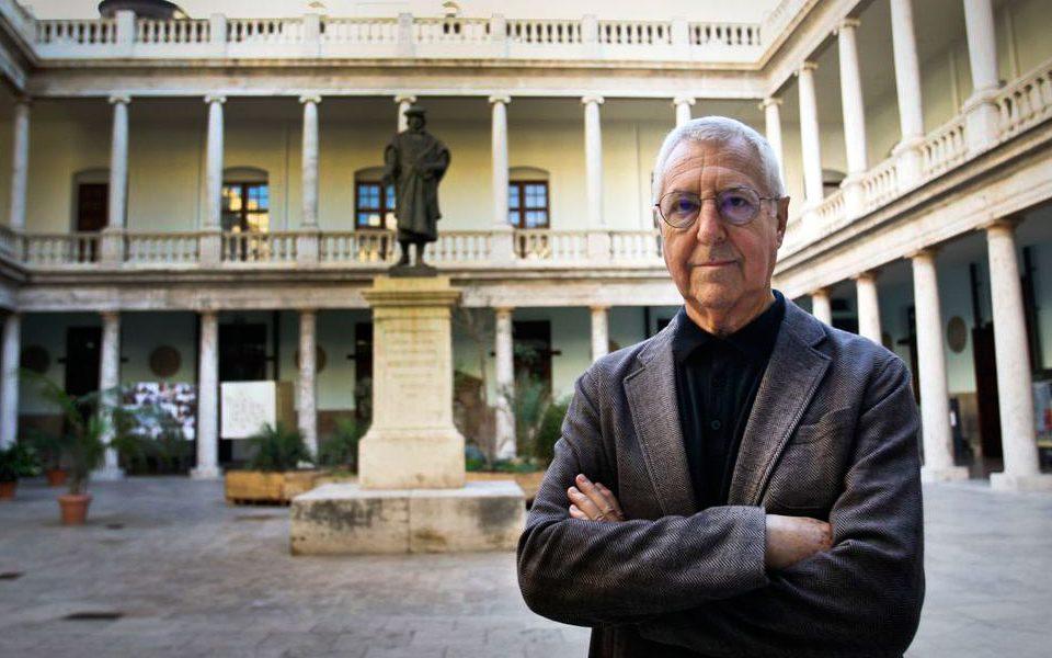 Tomás Llorens Serra